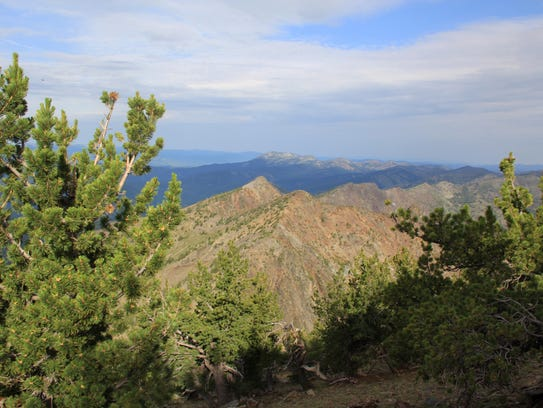Views from the Elkhorn Crest Trail.