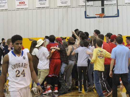 Montgomery Central fans storm Clarksville Academy's