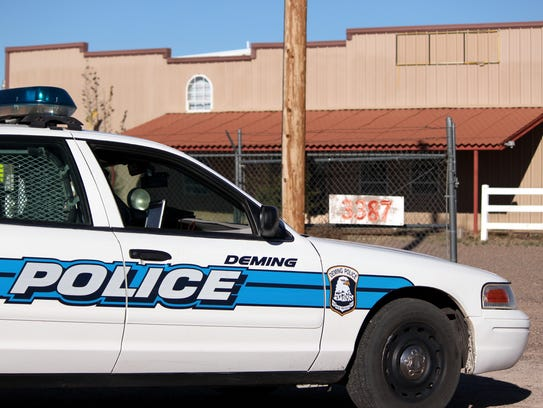 Deming Police units surrounded a building at the 3300