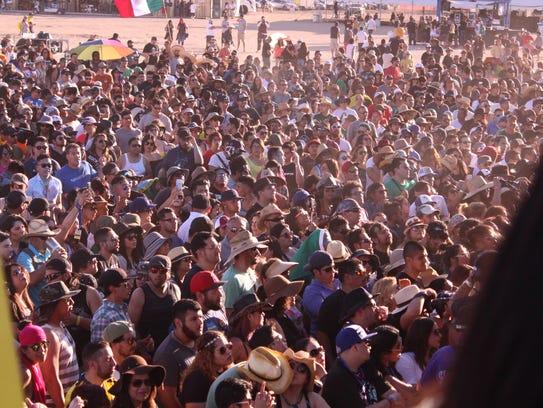 Fueron cientos de personas los que llegaron a Quartzsite