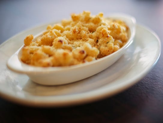 Mac and Cheese at Harvey's Diner & Pub (formally Dexfield