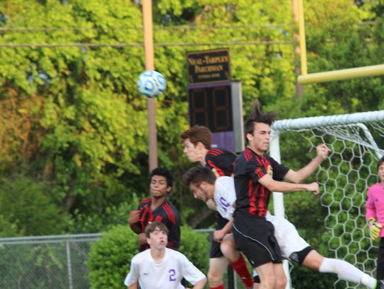 Rossview soccer players compete against Clarksville