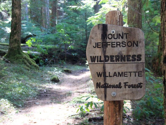 A sign on Pamelia Lake Trail marks the entry into the