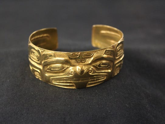 This grizzly bear bracelet, made in 1964 by Bill Reid