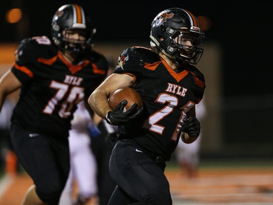 Jacob Chisholm scores Ryle's first touchdown during