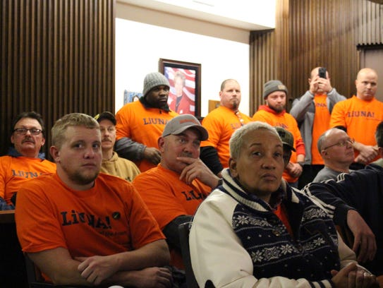 Local union members wait to see how Mansfield City
