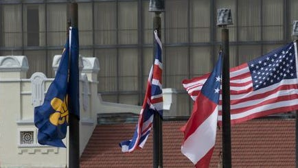 Commission voted 5-0 to keep flags as they are at the Bay Center