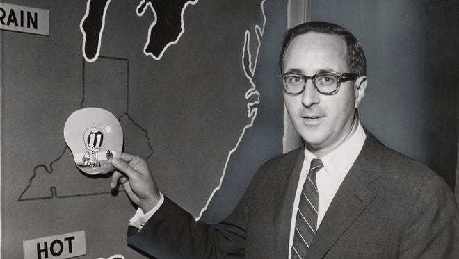 hen Milton Metz did the weather on WHAS-TV in 1956, there were fewer bells and whistles.