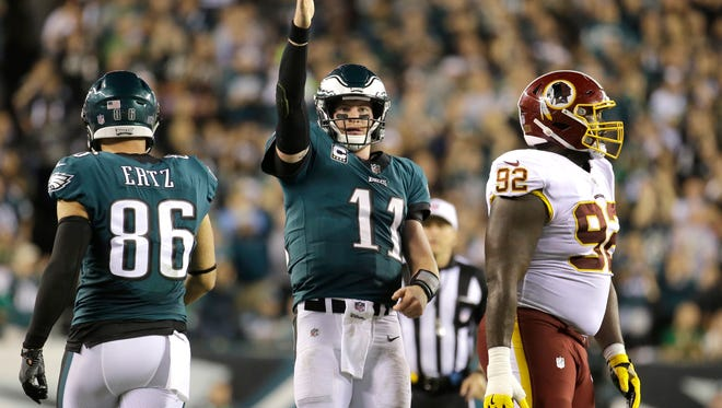 Wentz Leads Eagles Again As 2 More Key Players Injured