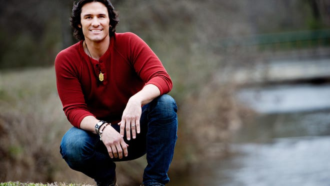 Country star Joe Nichols plays Friday at Lafayette Theater.
