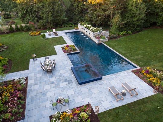 Ridgewood backyard designed by Thomas Flint, Thomas Flint Landscape Design & Development