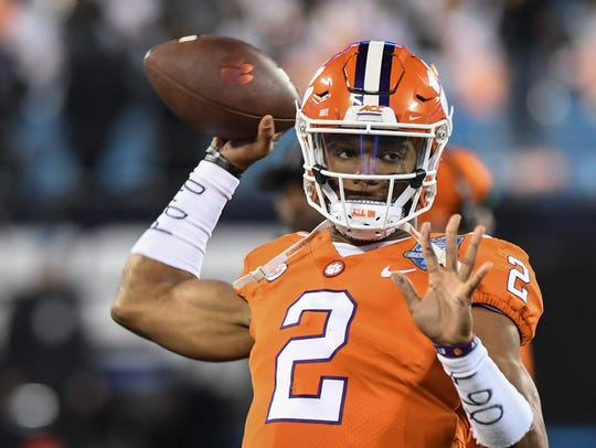 Clemson quarterback Kelly Bryant(2) warms up before
