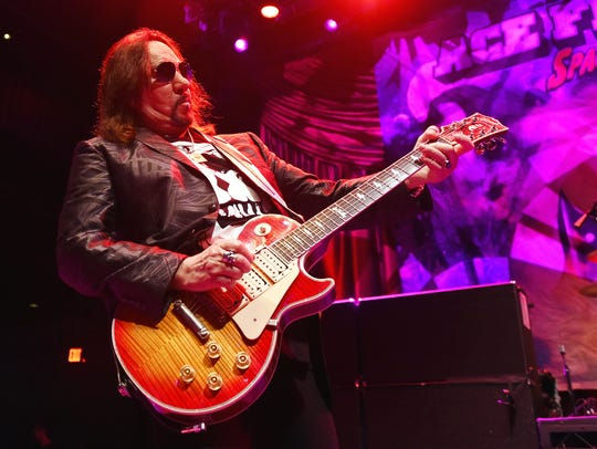 Former KISS guitarist Ace Frehley makes sure the Saturday