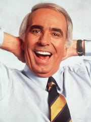 """Tom Snyder, host of CBS' """"Late Late Show,"""" smiles in"""