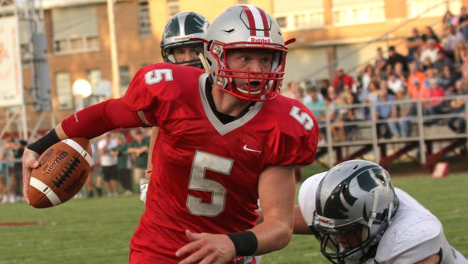 Shelby junior quarterback Brennan Armstrong committed to play at the University of Minnesota in 2018.