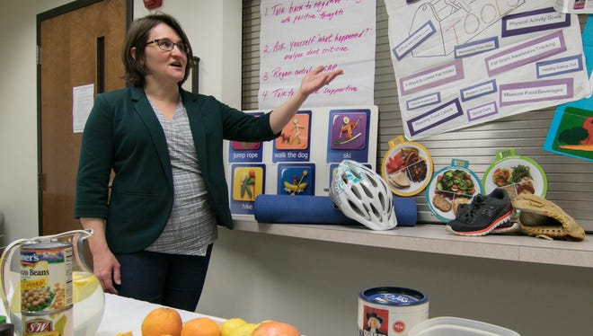 Mary Niester, lifestyle coach for the National Kidney Foundation of Michigan, talks Wednesday, Jan. 17, 2018 about changes to diet and moderate exercise for those who are prediabetic. Niester holds informational sessions on living with diabetes at Genoa Medical Center in Genoa Township.
