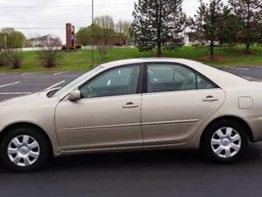 636359779941271309-2002-Toyota-Camry-stock-photo.jpg