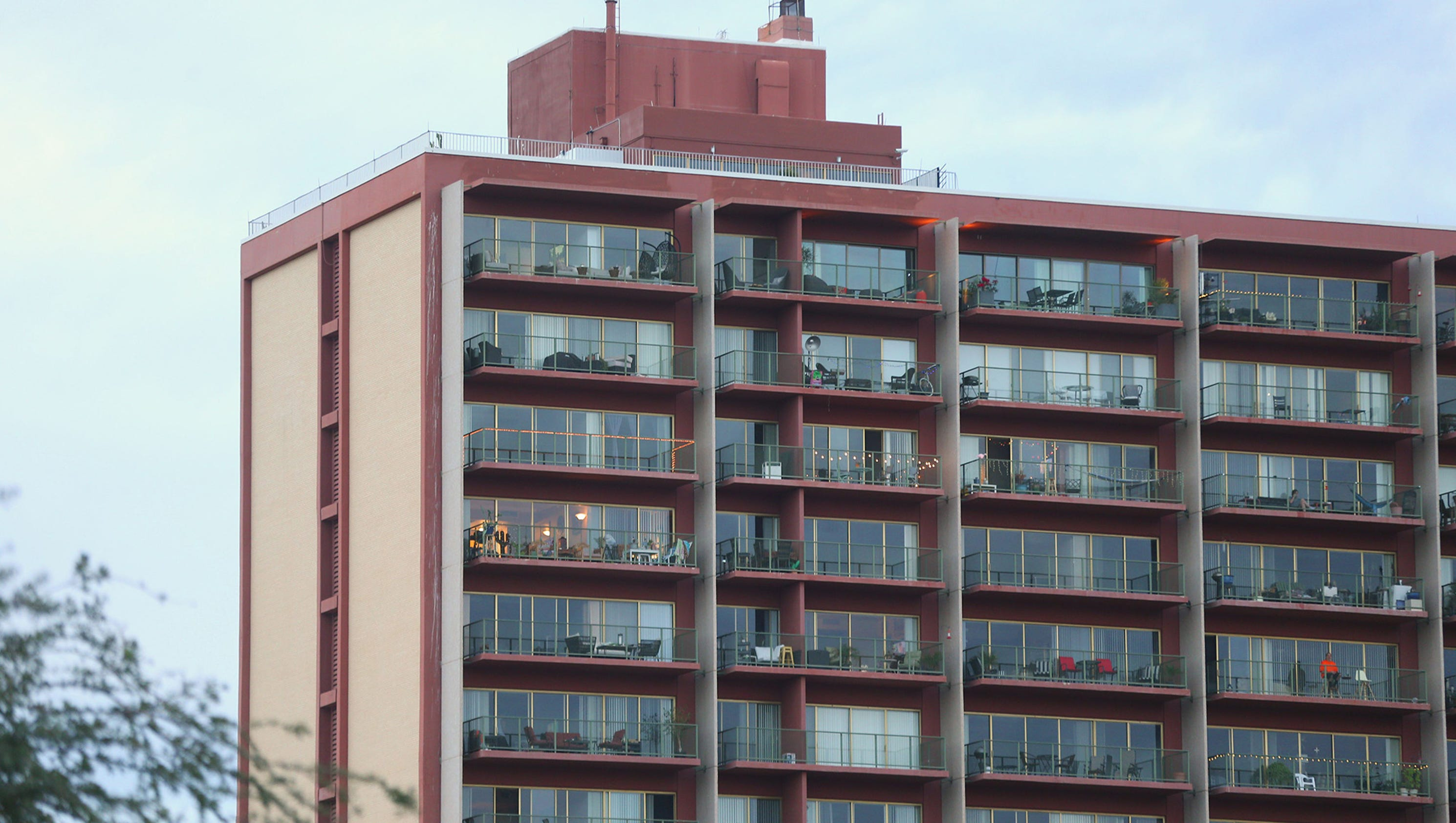 Hoa assessments phoenix condo owners fight hefty fee for Today s interiors phoenix