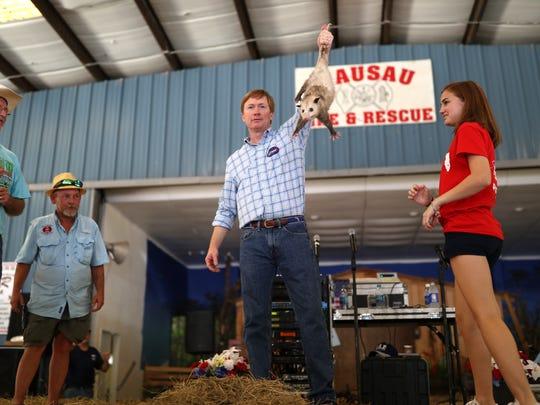 Republican gubernatorial candidate Adam Putnam shows