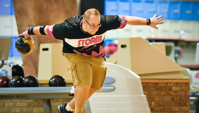 Benjamin Goede throws during the finals to finish first in the Times-Nahan men's bowling tournament Thursday, May 5, at the Southway Bowl in St. Cloud.