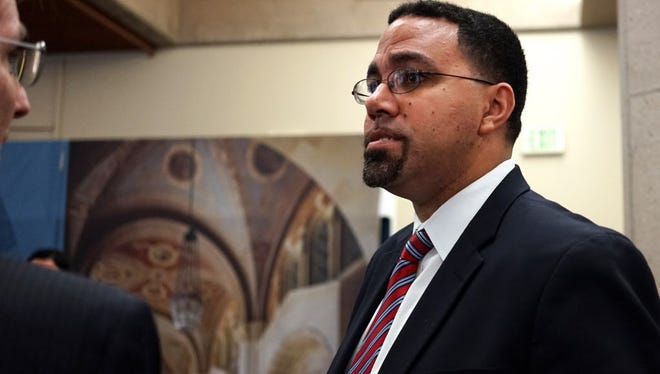 """U.S. Education Secretary John King meets with students and administrators at the University of California, Los Angeles, on  May 9, 2016. The Common Application used for college admissions at more than 600 institutions is changing a question it asks about student criminal records, as the U.S. Department of Education urges schools to consider dropping the question altogether. King called it """"an important step forward."""""""