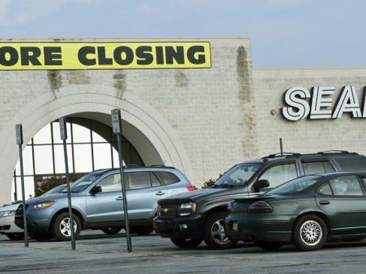 cpo-MWD-mall_closing