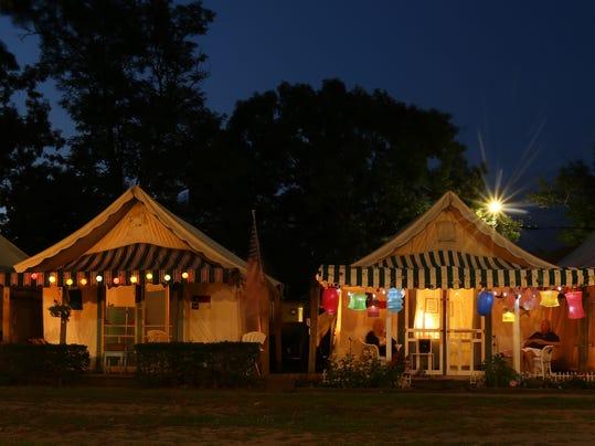 Tents01jpg