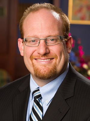 Dr. Matthew T. Hummel