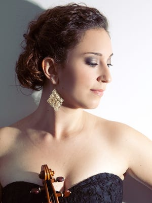 Associate concertmaster Ilana Setapen performs the Barber Violin Concerto with the Milwaukee Symphony.