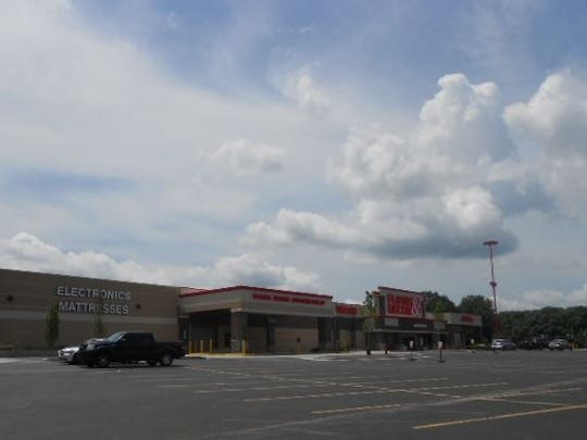 The retail building at 5330 Cane Ridge Road is next