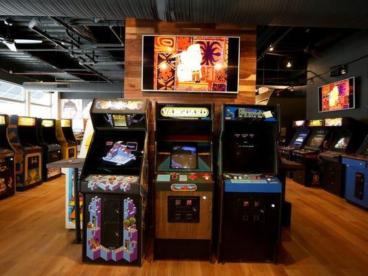 635689502020423167-arcade2