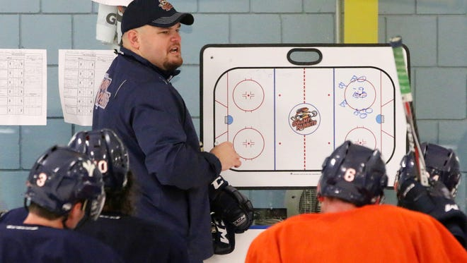 The Greenville Swamp Rabbits and coach Brian Gratz have parted ways, the club announced Wednesday, April 18, 2018.