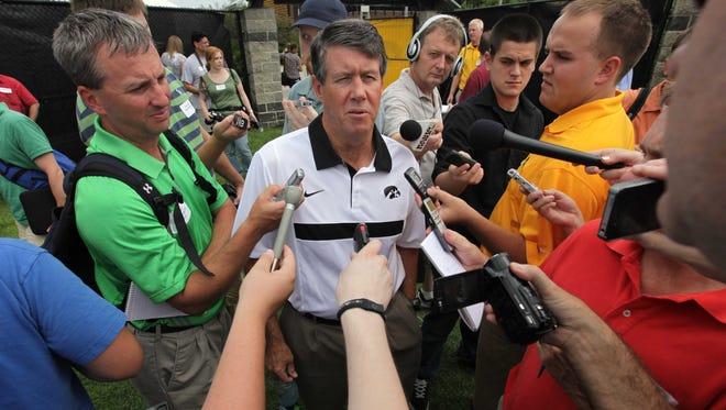 Ken O'Keefe is returning to Iowa City to coach the Hawkeye quarterbacks.