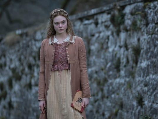 Mary-Shelley-Elle Fanning