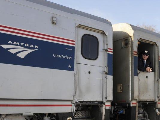 -1217-cvt-AmtrakTrain085.JPG_20110314.jpg