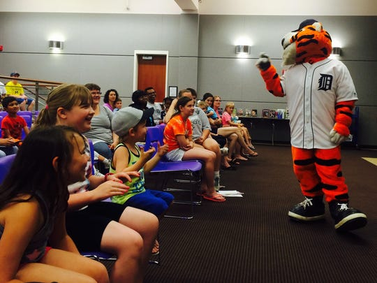 Detroit Tigers mascot PAWS was a special guest at the Farmington Community Library on Monday.