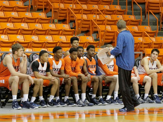 UTEP head coach Tim Floyd addresses the team before the beginning of a recent practice. The Miners play Rice on Friday at the Don Haskins Center.