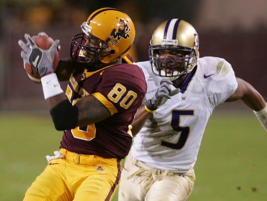 Arizona State receiver Derek Hagan makes a catch as