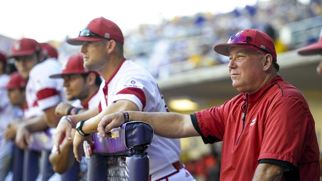 UL Ragin' Cajuns head coach Tony Robichaux watches warmups prior to an NCAA Super Regional game against the LSU Tigers at Alex Box Stadium in Baton Rouge in 2015.