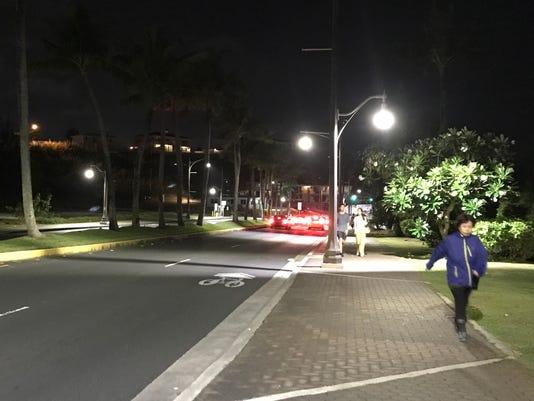 636585827821713149-Tumon-streetlights-after.JPG