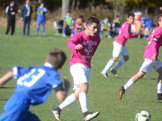 Carlo Gonzalez and the Pompton Lakes boys' soccer team are back in the North 1 Group 1 state semifinals for the second-straight year.