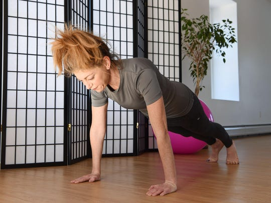 PLANK FOR BOX_yoga_1115_5715