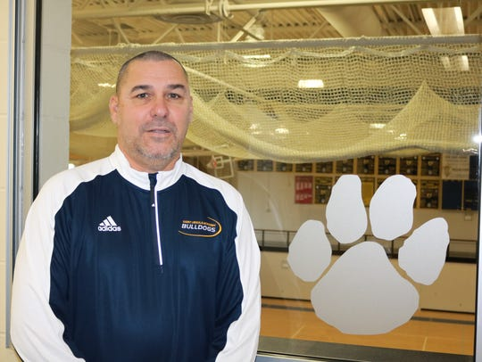 Dave Ruehl returns to St. Ursula Academy as varsity