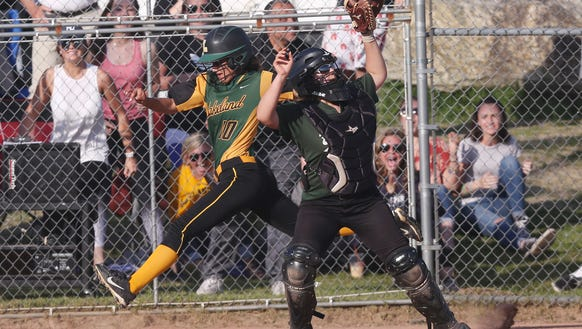 Lakeland defeated Brewster 4-3 in extra innings during