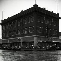 Retail with a special aura: Former coworkers remember Fandel's