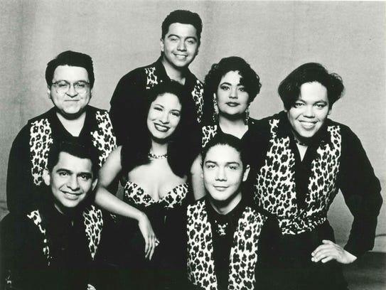 Selena y Los Dinos, publicity photo from EMI Latin,