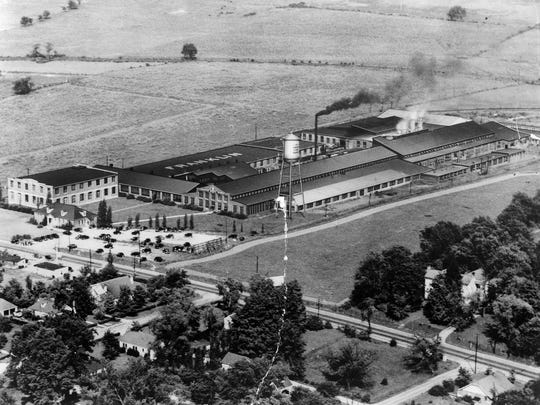From 1932 until 1955, Dortch Stove Co. occupied the buildings that have been transformed into The Factory at Franklin. Franklin Road runs from left to right in the bottom part of this photo. PHOTO COURTESY OF CALVIN LEHEW