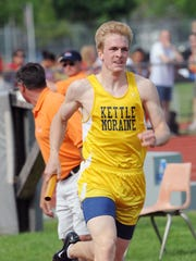 Kettle Moriane's Vince Tumbleson runs the opening leg of the state-champion 4x400-meter relay in 2009.