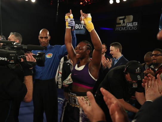 Claressa Shields wins the NABF middleweight championship