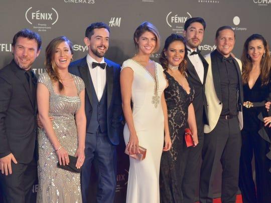 """El actor comparte con todo el equipo de """"Club de Cuervos"""", el reconocimiento de Premios Fénix."""